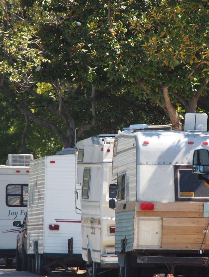 Why are there so many camper vans on Palo Alto's El Camino Real and